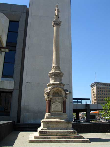 volunteermonument1